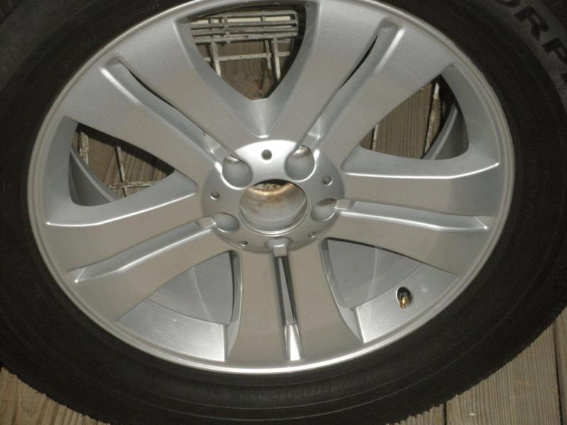 19 inch oem MercedesGL 450 wheels and tires-001.jpg