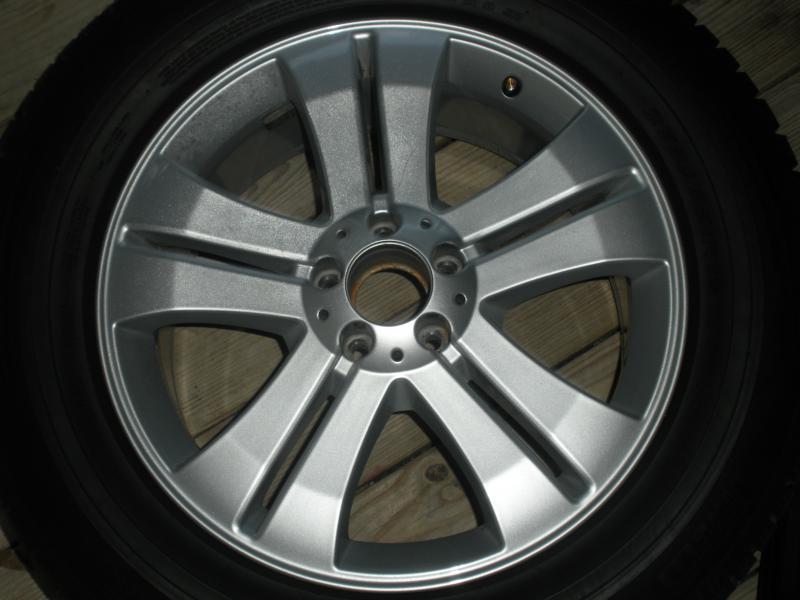 19 inch oem MercedesGL 450 wheels and tires-008.jpg