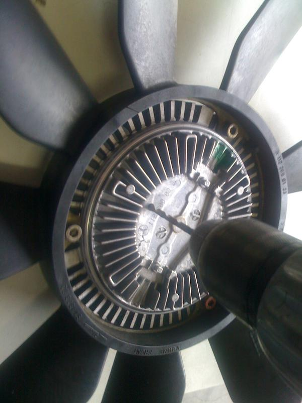 ML 320 Fan Clutch Repair-045.jpg