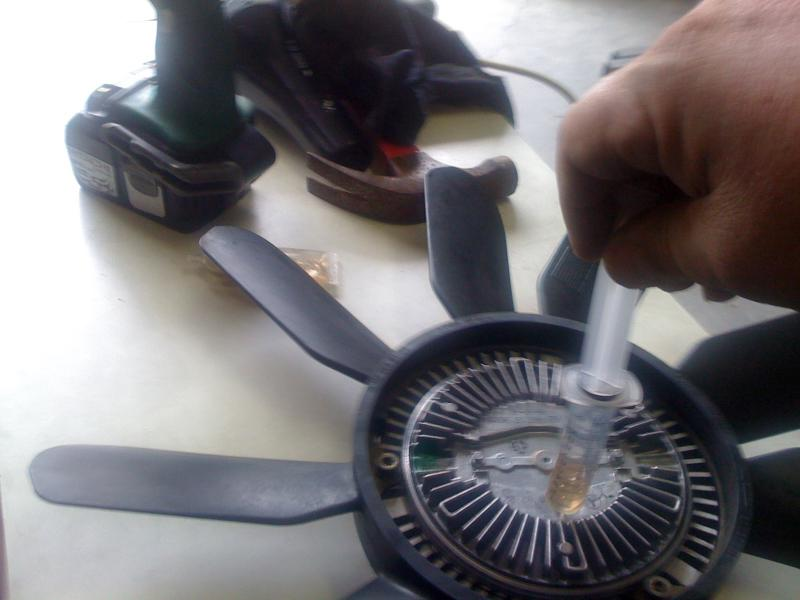 ML 320 Fan Clutch Repair-048.jpg