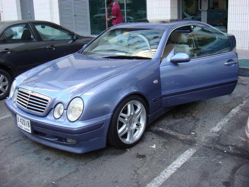 2001 clk 320 convertible specs