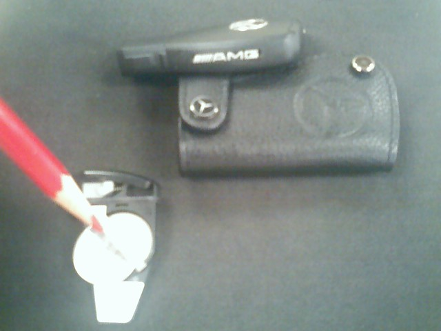 key fob battery replacement?-10-11-06_1631.jpg