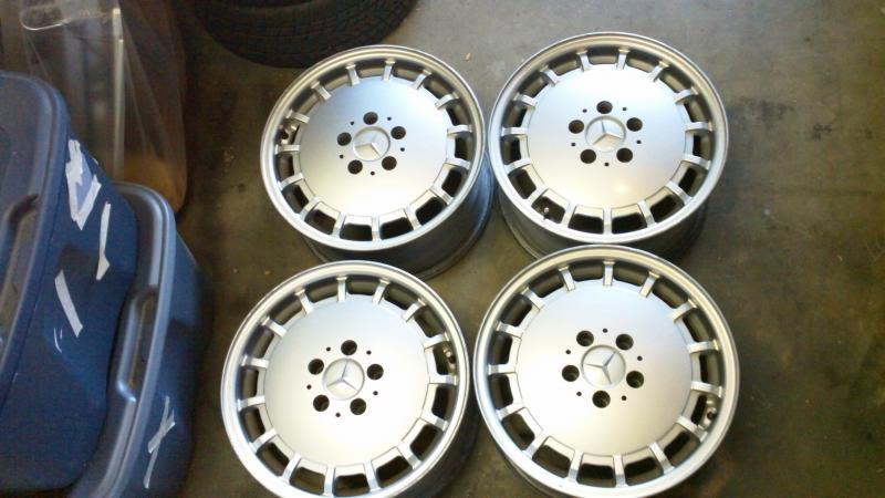 For sale: set of R129 EVO1 16x8 et34 wheels-100_0469.jpg