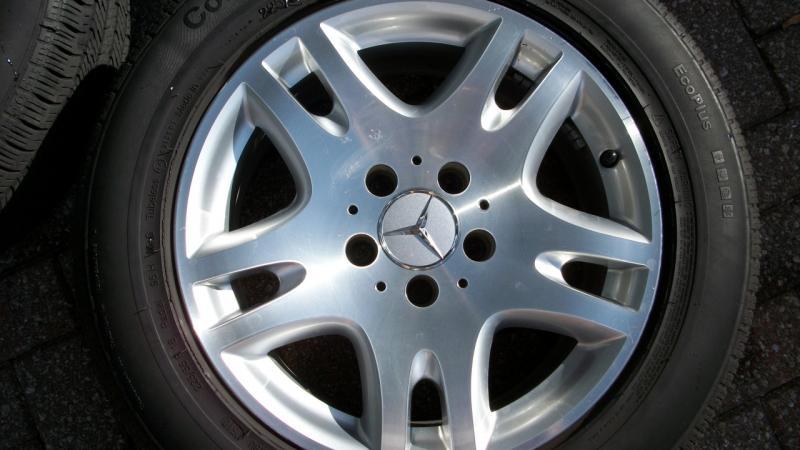 FS: 2004 Mercedes E320 wheels with tires 050-100_0619.jpg