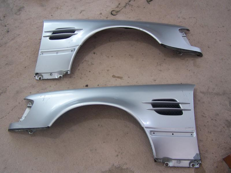 F/s W124 500E/E500 front Fenders-100_1814.jpg