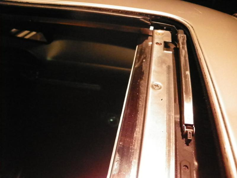 DIY W140 moonroof into W126-100_2284.jpg