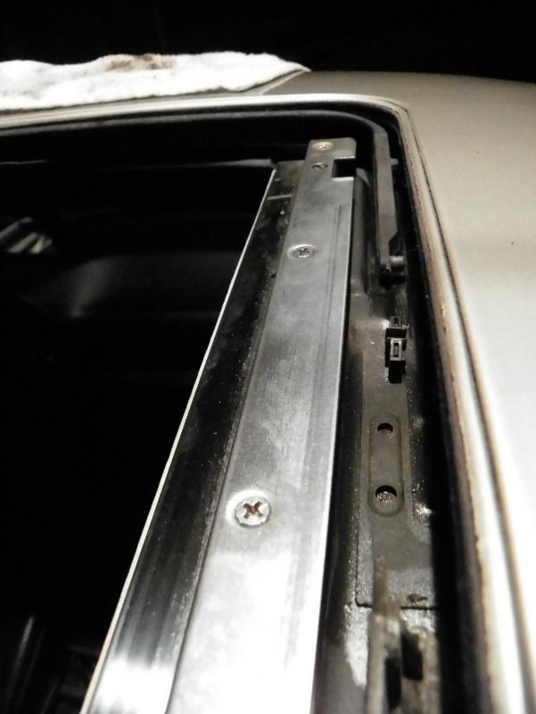 DIY W140 moonroof into W126-100_2310.jpg