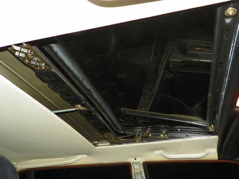 DIY W140 moonroof into W126-100_2336.jpg