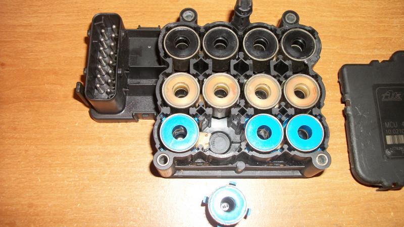 ABS ESP cluster lights start over 1997 E420 sedan - Mercedes-Benz Forum