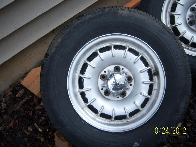 W123 bundts rims with tires for sale mercedes benz forum for Mercedes benz rims for sale
