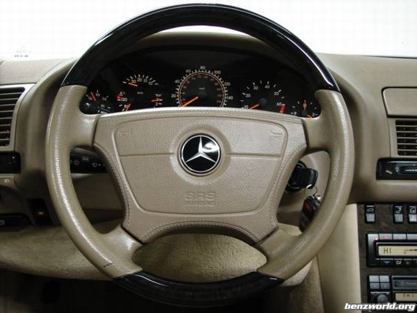 W140 Steering Wheel Emblem Mercedes Benz Forum