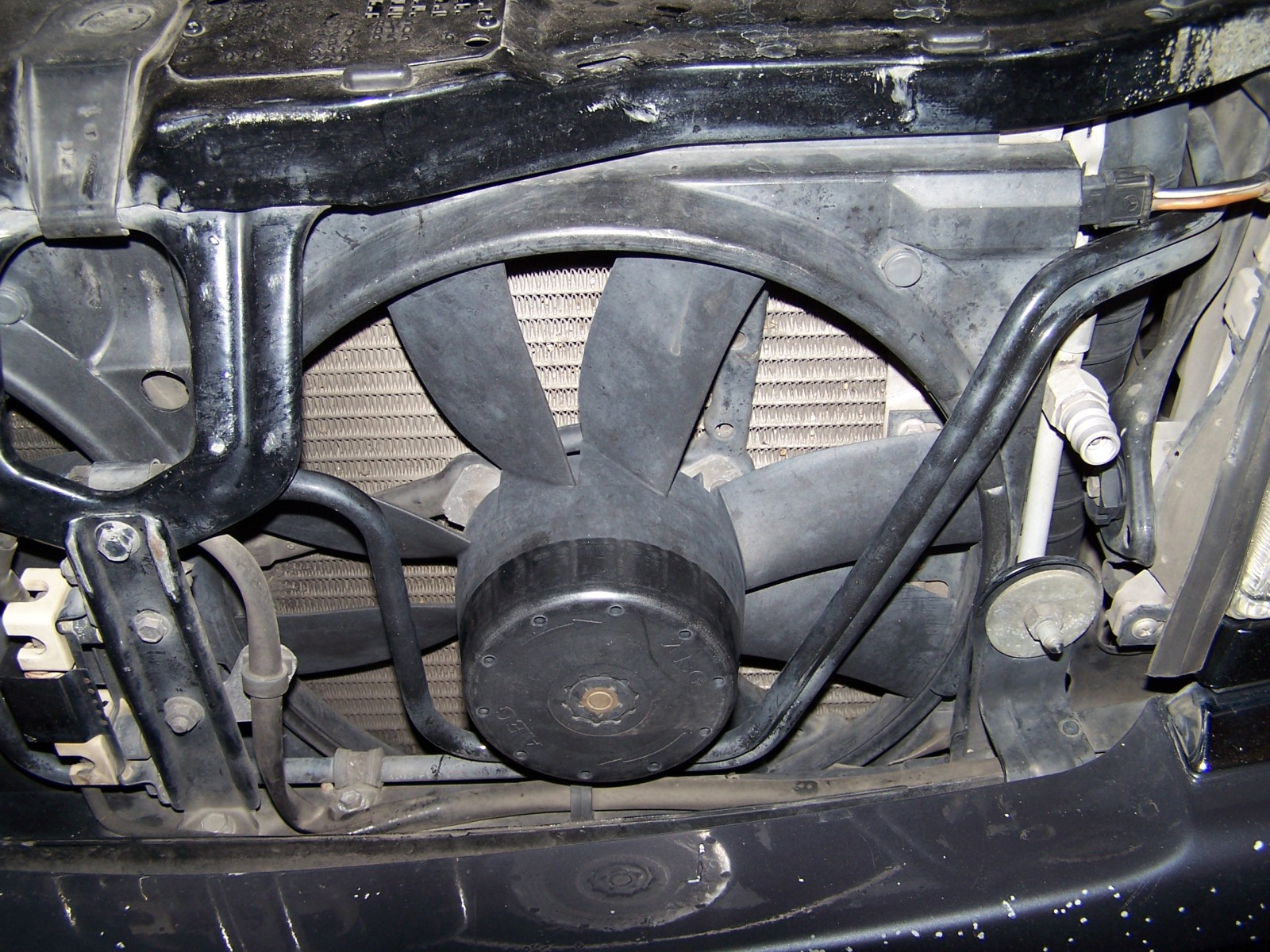Replace Aux Radiator Fan Motor 1995 C280 - Mercedes-Benz Forum
