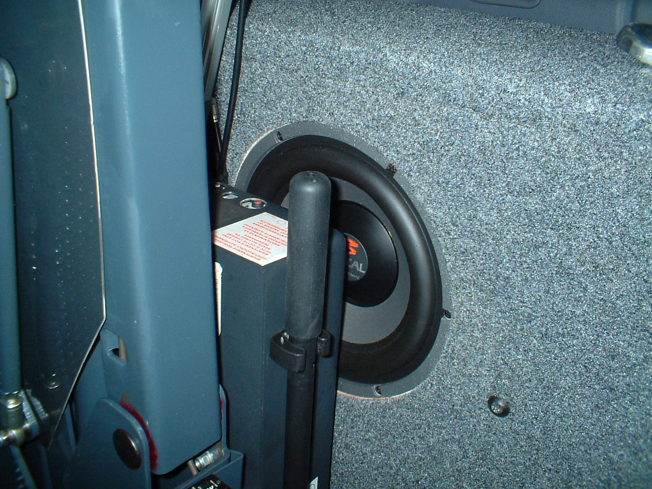 Sprinter: Upgraded speakers-2007_0203ice_set-up0007.jpg