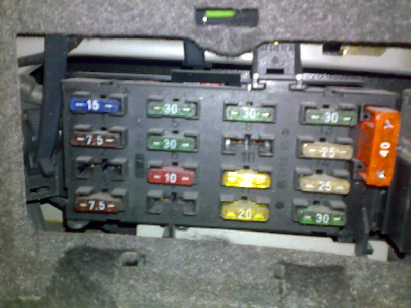 Mercedes Ml350 Fuse Box Location