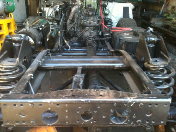 mounting a unimog 406 tray - Mercedes-Benz Forum