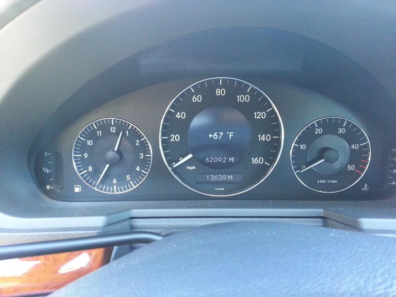 2005 Mercedes E320 CDI (low mileage)-20141005_133553.jpg