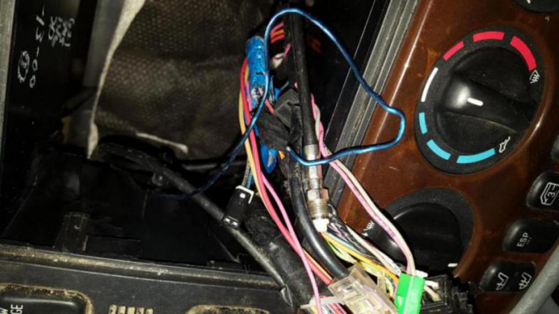 Ml320 W163 Stereo Wiring Help And Id Mercedes Benz Forum