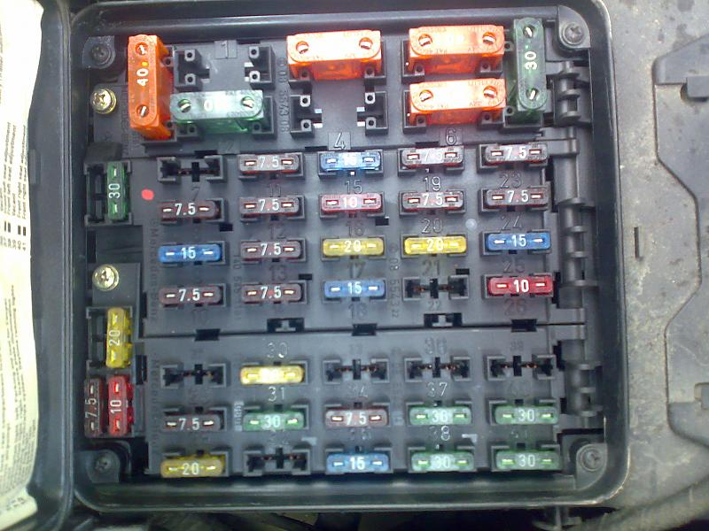 experience in fuse boxes ? mercedes benz forum 2018 Mercedes S600 click image for larger version name 23082009171 jpg views 18648 size 82 5