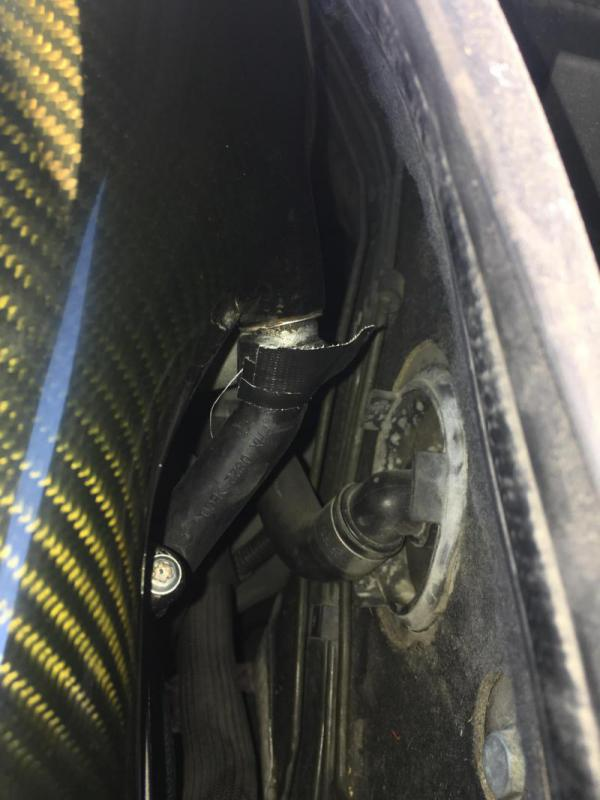 Cracked hose behind air filter - Mercedes-Benz Forum