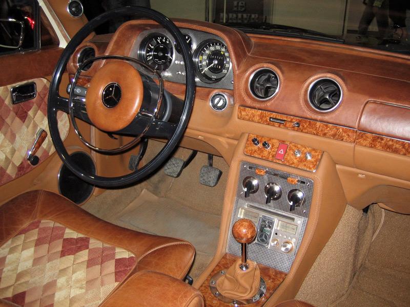w123 with bakelite steering wheel - Page 2 - Mercedes-Benz Forum