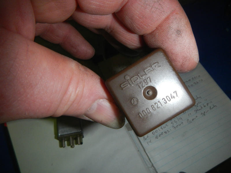 Wanted  Dome  Courtsey Light Delay Relay  560sl