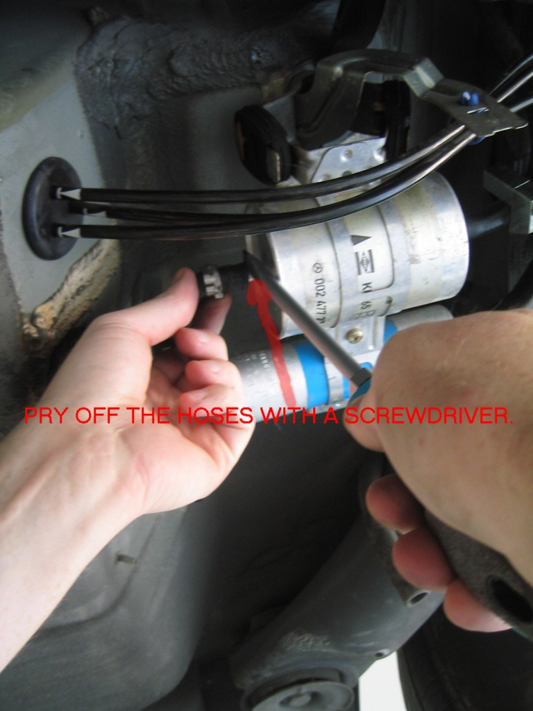 Photo Diy Fuel Filter Change Part 1 Mercedes Benz Forum 2008 Ml320 Location Click Image For Larger Version Name 6 Views 256 Size 1274