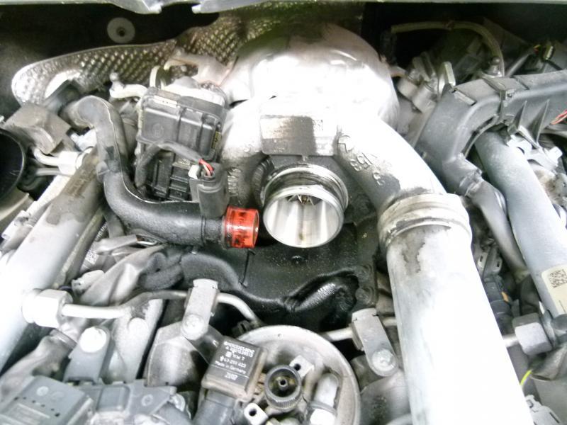 320cdi Diesel Oil Leak Around Egr Air Intake Mercedes