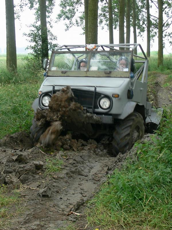 "Post your favorite ""mog in mud"" shots-bb2007-ucnweekend1.jpg"