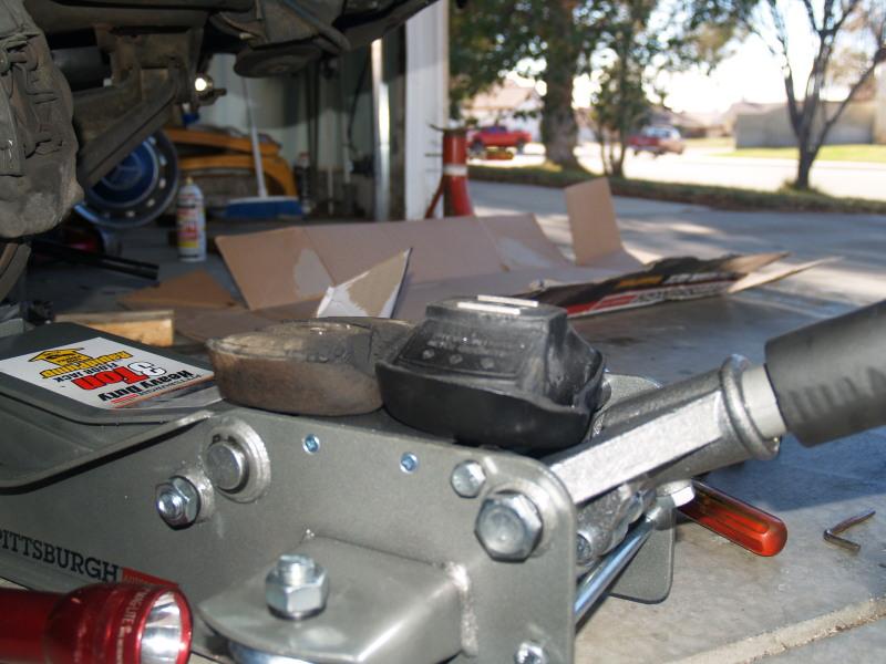 240D subframe bushing and engine mount install-better-rt-mount.jpg