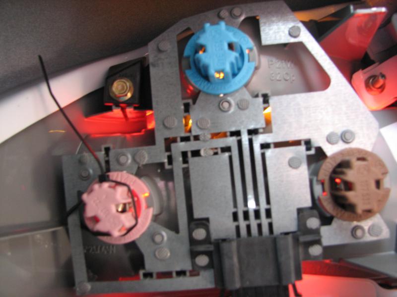 brake light problem - Mercedes-Benz Forum