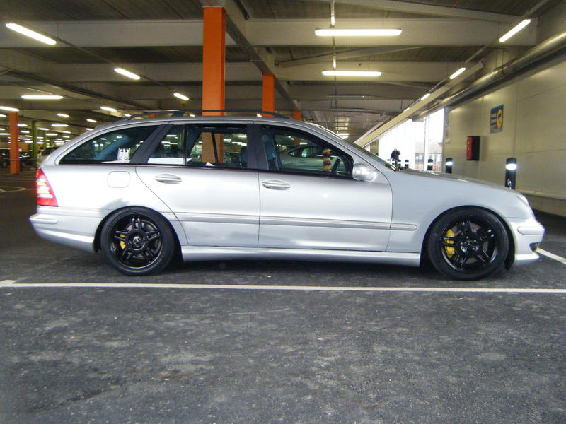Official W203 C32, C55 AMG pictures Sticky-c32-amg-008.jpg