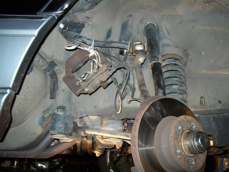 Lower Ball Joint Replace DIY (almost)-caliper-off.jpg