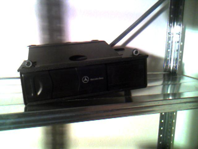 FS: SLK parts see pictures- HU,changer,speakers,brakes etc. Make me an offer!-changer-2.jpg