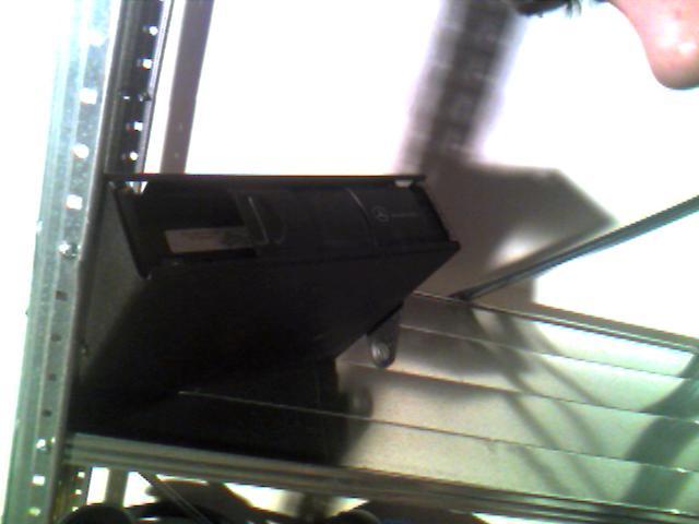FS: SLK parts see pictures- HU,changer,speakers,brakes etc. Make me an offer!-changer.jpg