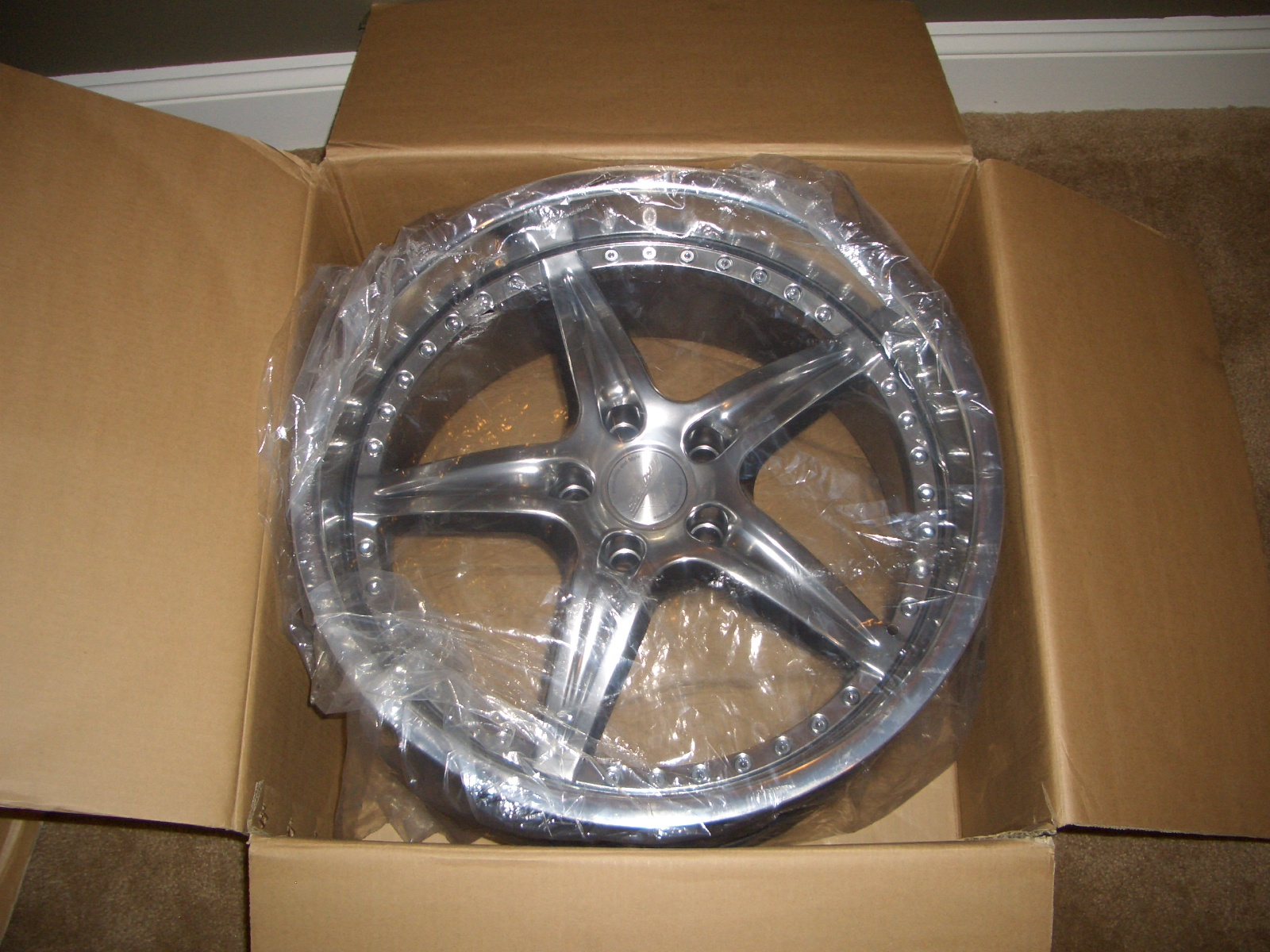 "FS: BRAND NEW 19"" staggered Speedy Envy wheels - Part Duex-cimg1618.jpg"