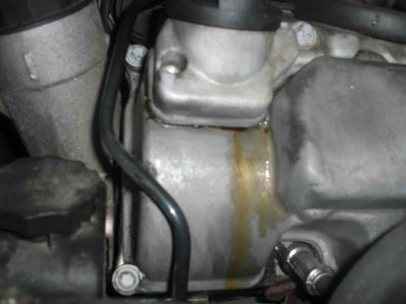 2004 CLK 500 oil leak-cimg2293.jpg