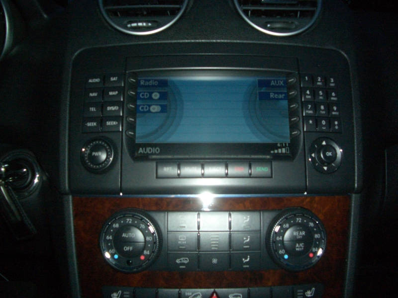 FS: COMAND Navigation unit with Nav DVD for W164 (ML) and X164 (GL)-cimg3684.jpg