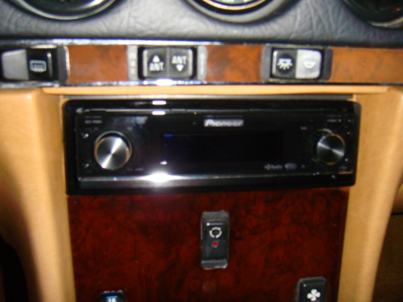 107 AUDIO THREAD-close-up-stage-4-head-unit.jpg