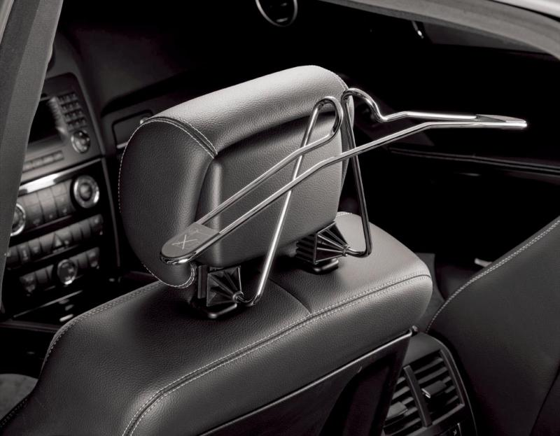 Front headrest-coat-hanger.jpg