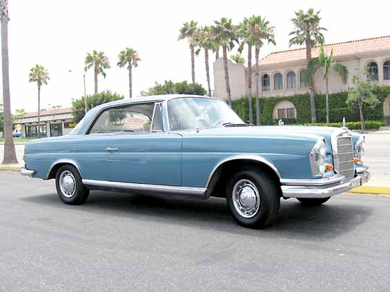 What colour for my W111 3.5 Coupe?-coup-bleu-clair.jpg