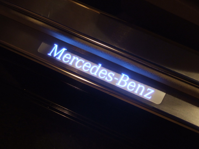 2012 Ml350 Illuminated Door Sill Mercedes Benz Forum