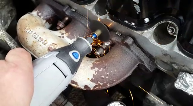 Exhaust Manifold Removal 1991 300SE (M103)-dremel.png