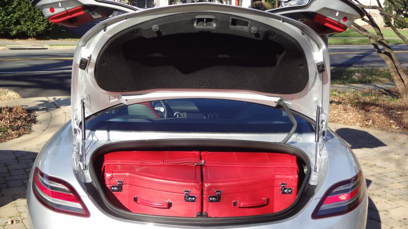 Sls Amg Fitted Luggage Mercedes Benz Forum