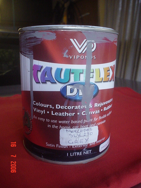 interior paint peeling off SLK 230-dsc04551.jpg