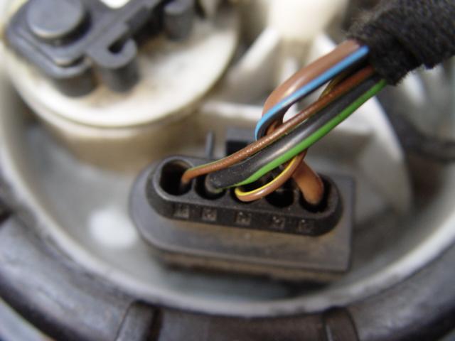 D W Clk No Fuel Dsc on Mercedes Ml320 Fuel Pump Location