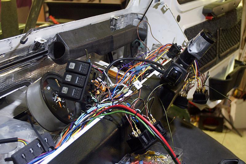 Electrical Problem U1350L - Thoughts?-dsc05942.jpg