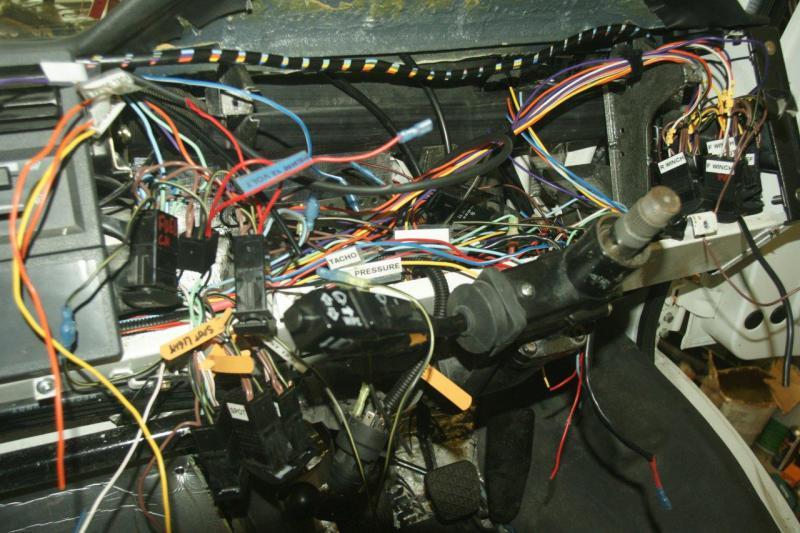 Electrical Problem U1350L - Thoughts?-dsc06860.jpg