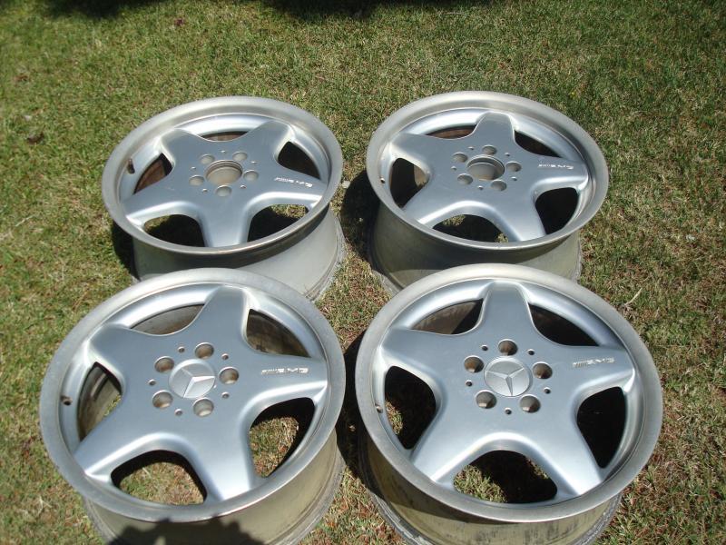"for sale 17"" AMG wheels stagerred set-dsc07473.jpg"