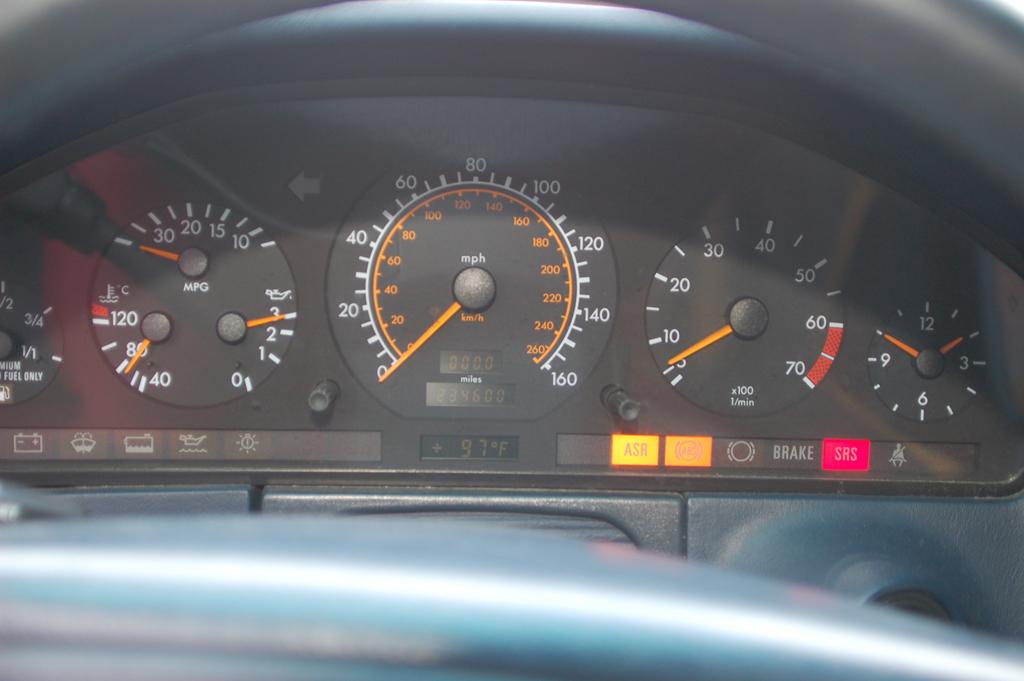 400SE ASR and ABS lights - Mercedes-Benz Forum