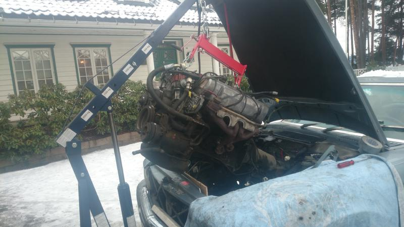 Removing The Engine On A 500sl  Step By Step